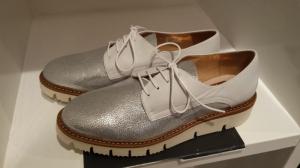 Schoenen, gezien bij Knhus